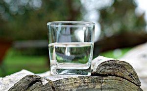birken-wasser-glas